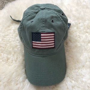 c582b8c0905 Abercrombie   Fitch Accessories - Army Green SnapBack Baseball Hat NWT